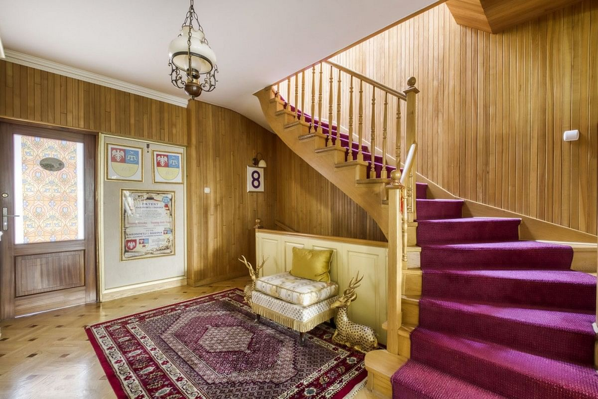 Dom 6 pokojowe na Sprzedaż