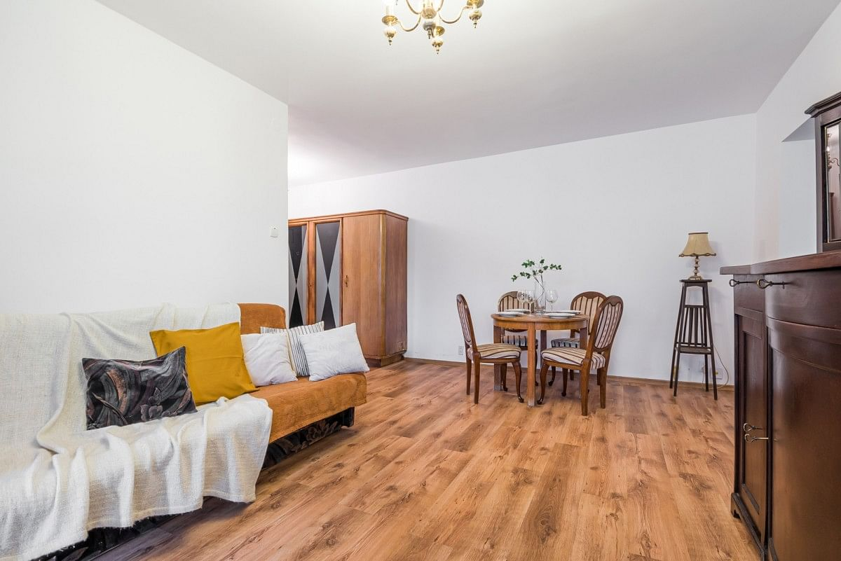 Mieszkanie 4 pokojowe na Sprzedaż