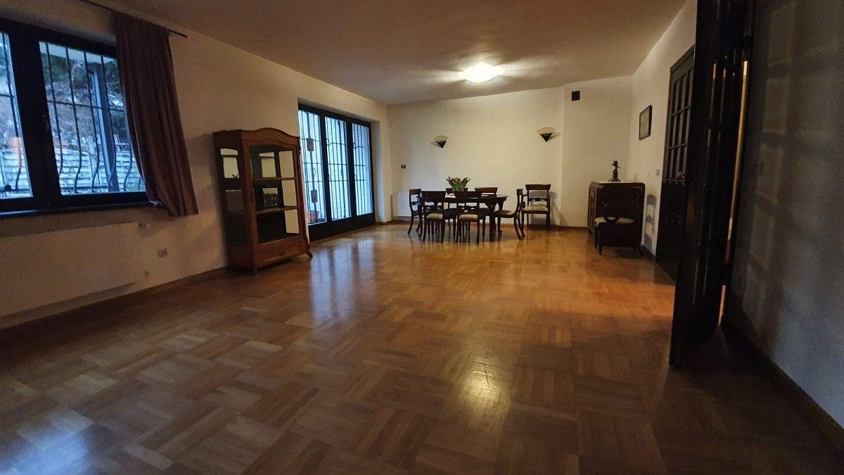 Dom 9 pokojowe na Wynajem