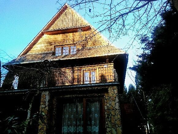 Dom 9 pokojowe na Sprzedaż