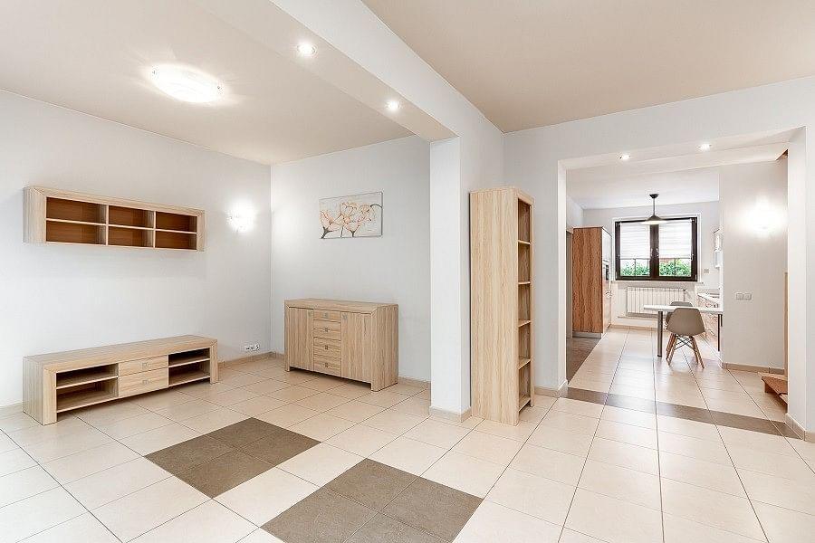 Mieszkanie 5 pokojowe na Wynajem