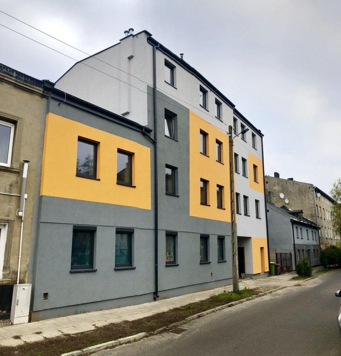 Dom 18 pokojowe na Sprzedaż