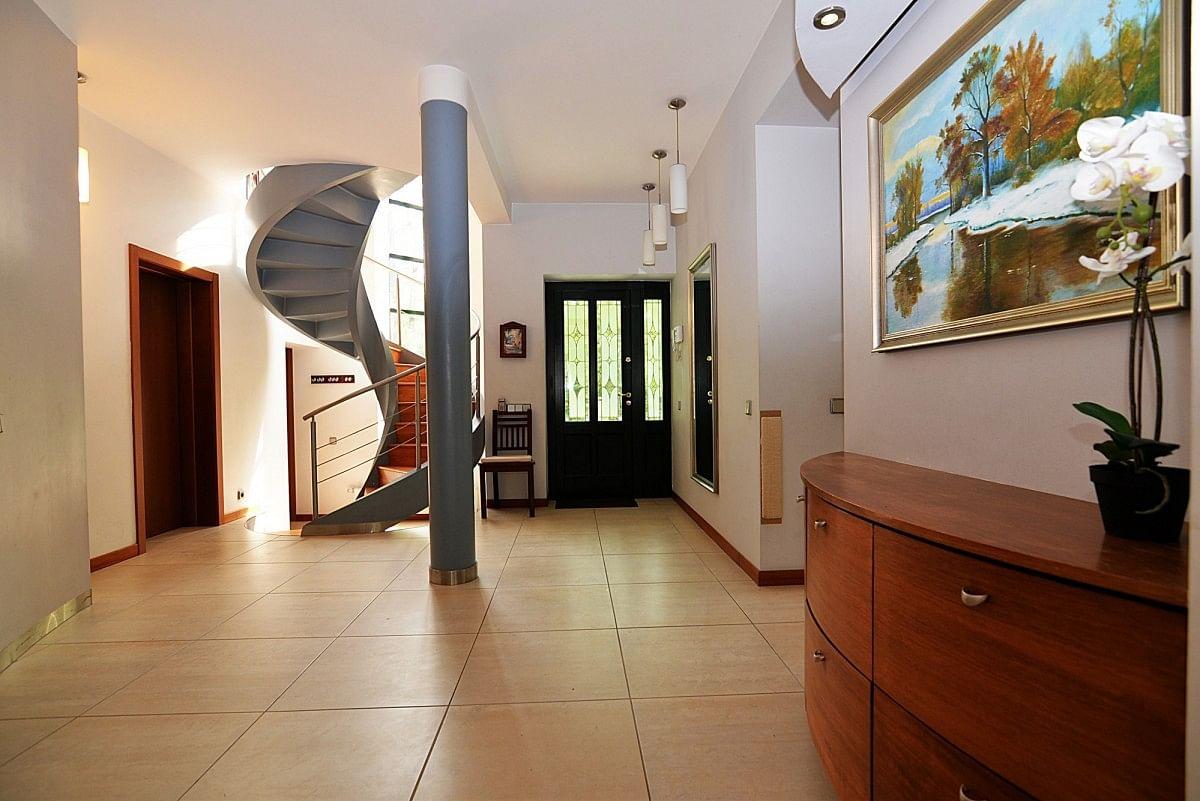 Dom 5 pokojowe na Wynajem